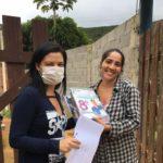 Escola Municipal Manoel Medeiros entrega atividades impressas para alunos